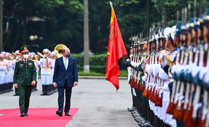 Việt Nam - Anh thúc đẩy hợp tác quốc phòng