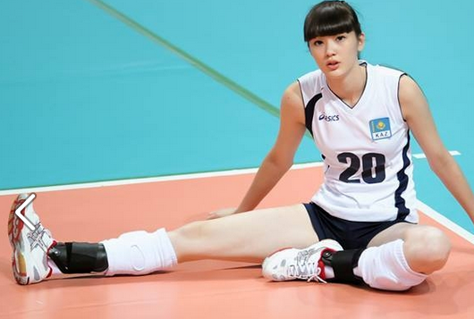 World's most beautiful volleyball player back in action
