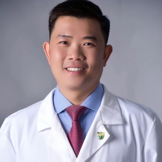 Đại học Y khoa Phạm Ngọc Thạch có hiệu trưởng mới