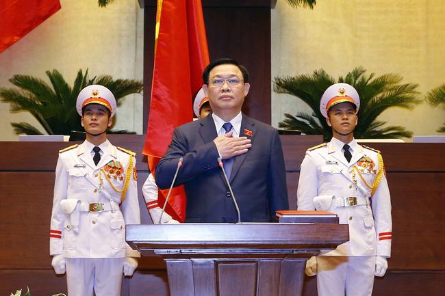 Ông Vương Đình Huệ tiếp tục được bầu giữ chức Chủ tịch Quốc hội